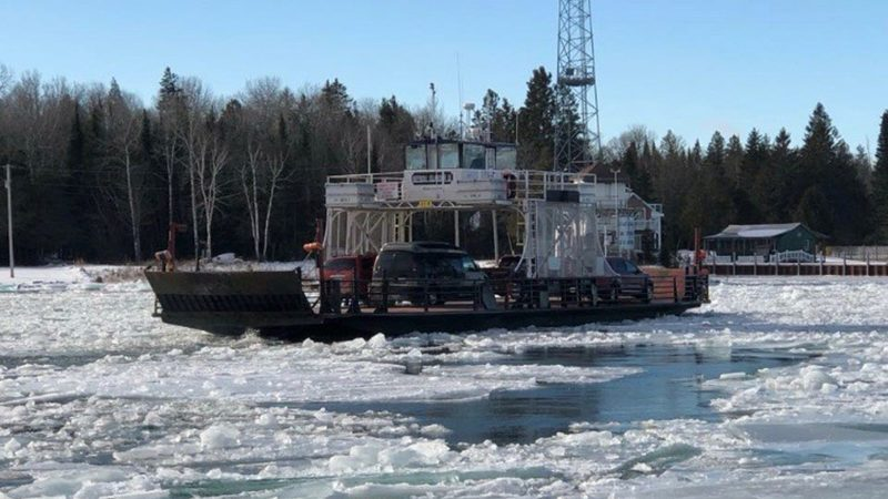 Neebish-ferry-crossing-in-ice-800x450