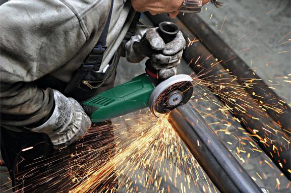 sawing-cutting