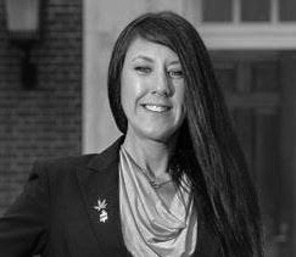 Zoë Patchell Representing Delaware