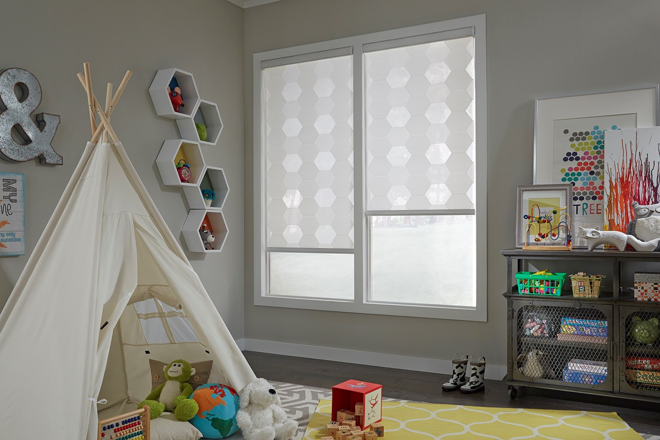Lafayette window coverings in a children's room