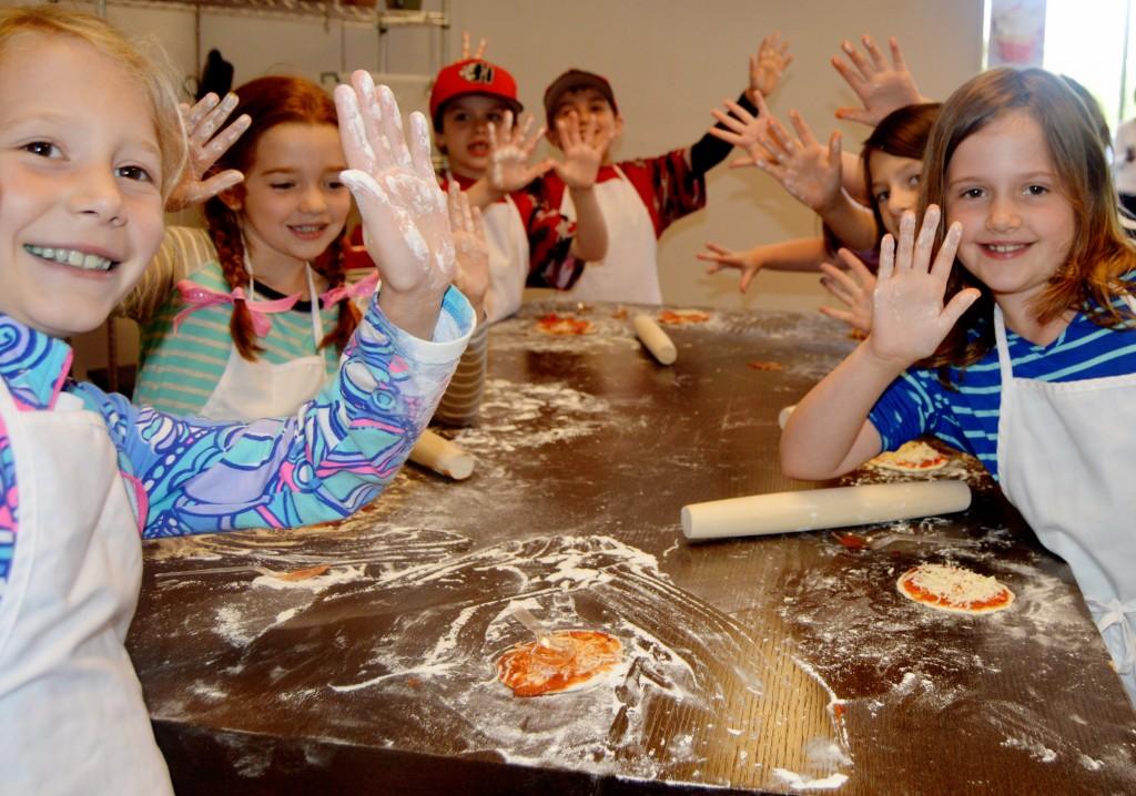 faronda davis party pizza
