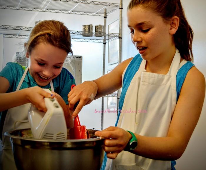 mixing bowls girls