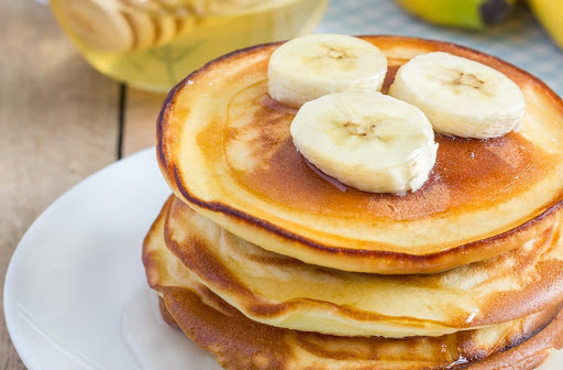 Desayuno pancakes de plátano sin harina. Fácil de preparar y muy saludable!