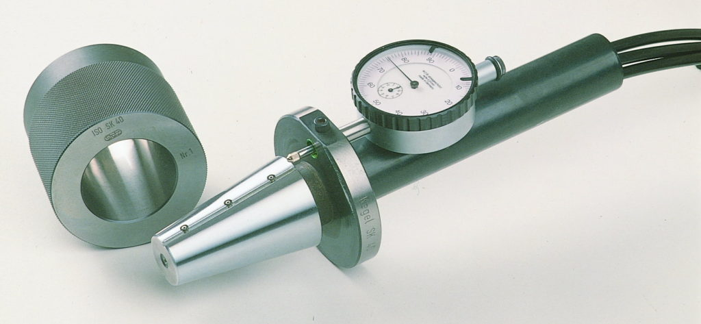 CAT taper air gage mandrel and tapered master ring with dial indicator for gage line measurement