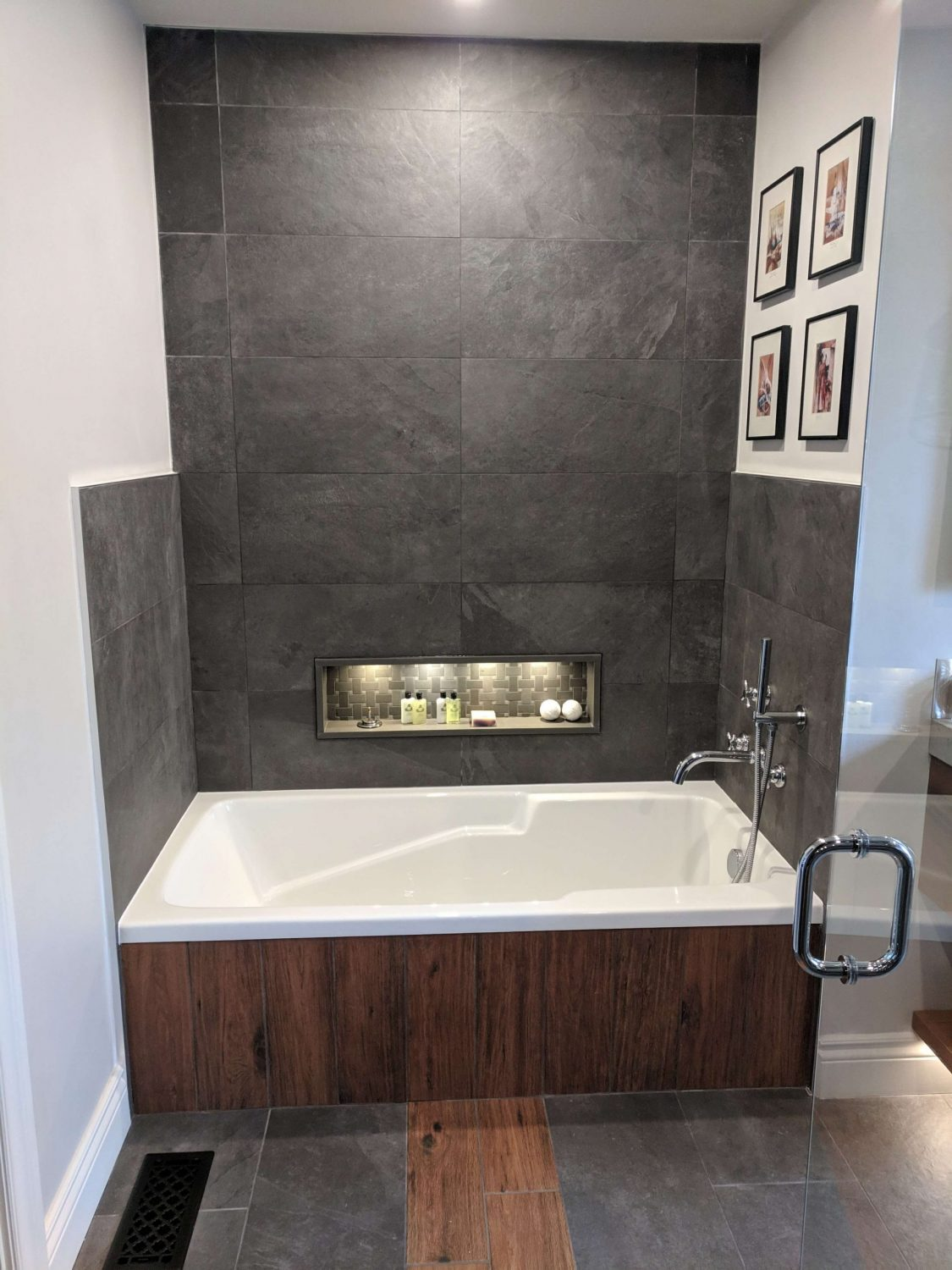 durham bathroom renovation and bath tub installation