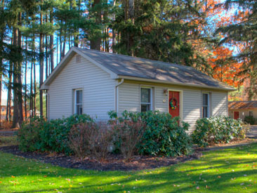 Woodfield Manor single cottage