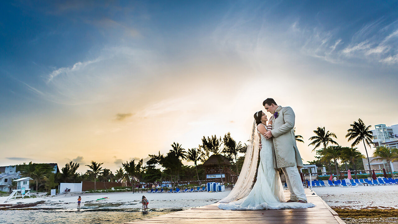 Edmonton Wedding Photographer with Mexico Destination Couple