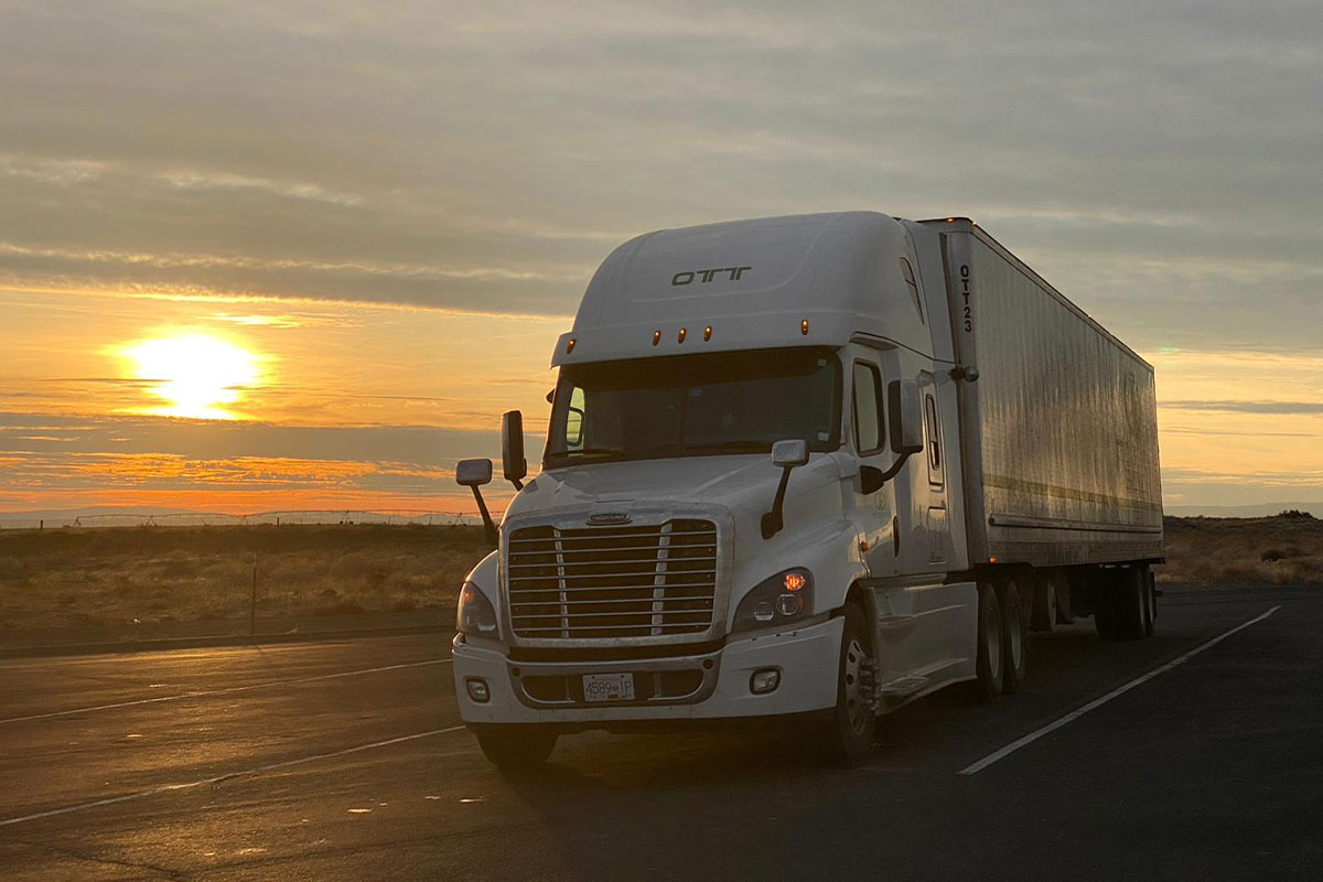 truck movers on road