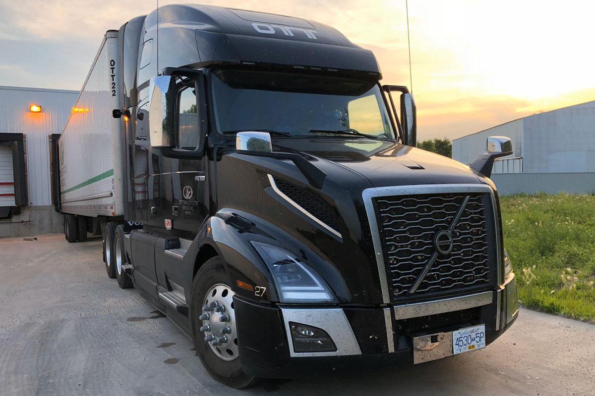 truck in black color