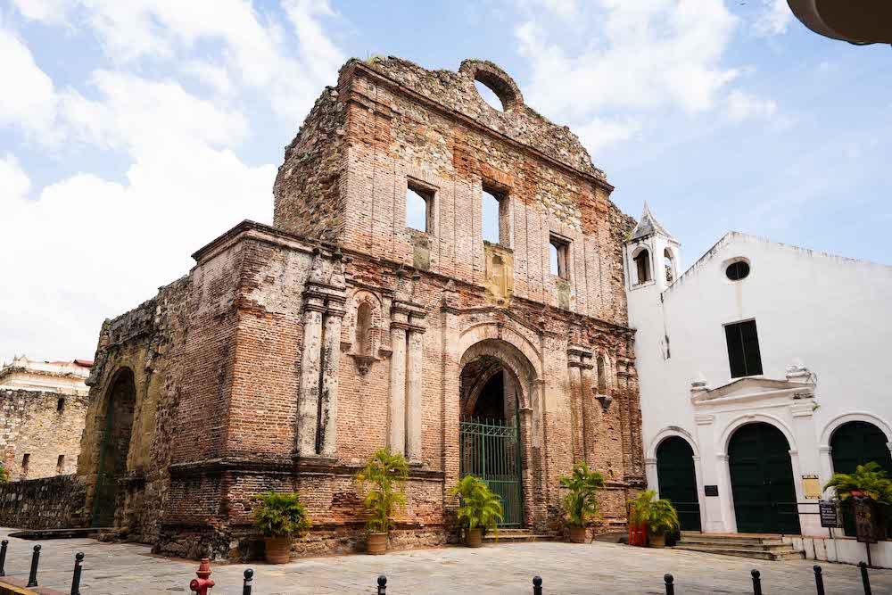 El Arco Chato y su maravillosa historia
