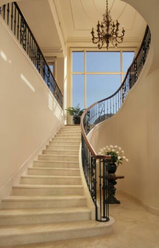 04_Staircase