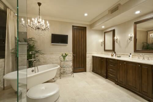 15 Master Bath 2