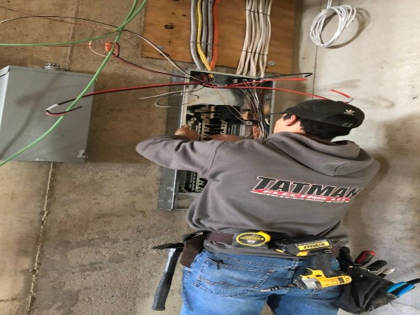 Electricians Wiring Residential Wires Pittsburgh-PA; Tatman Electric Voted Pittsburgh-PA Best Electricians; cv1
