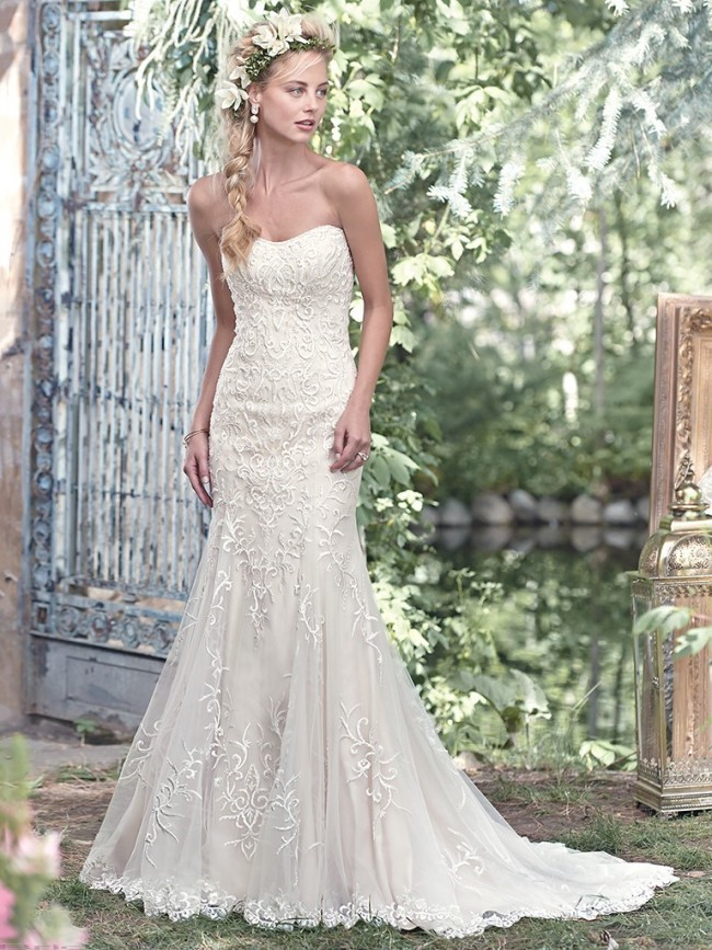 Top Four Wedding Dress Shopping Tips