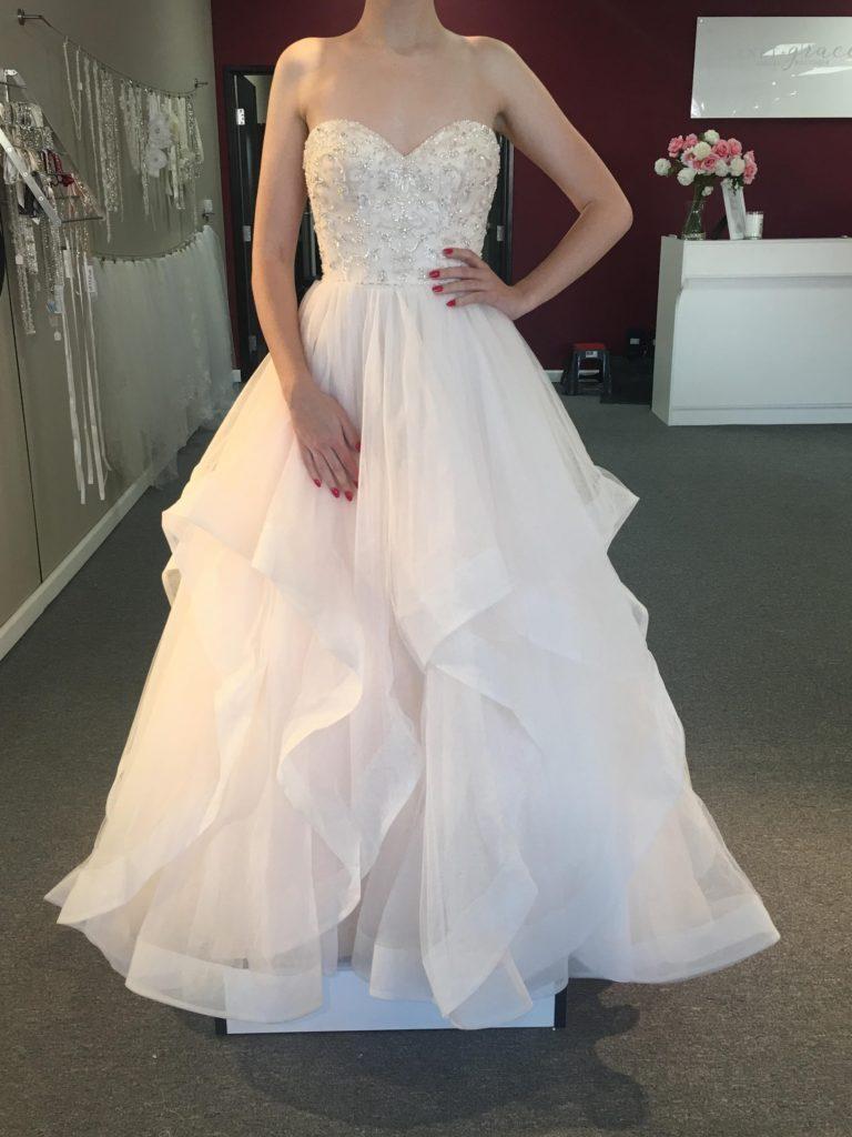 999 Wedding Dress Sale Nov 17 19 Garnet Grace Discount Designer Wedding Dresses,Outdoor Wedding Guest Dresses For Summer