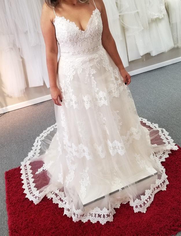 boho aline wedding dress with hem lace detail