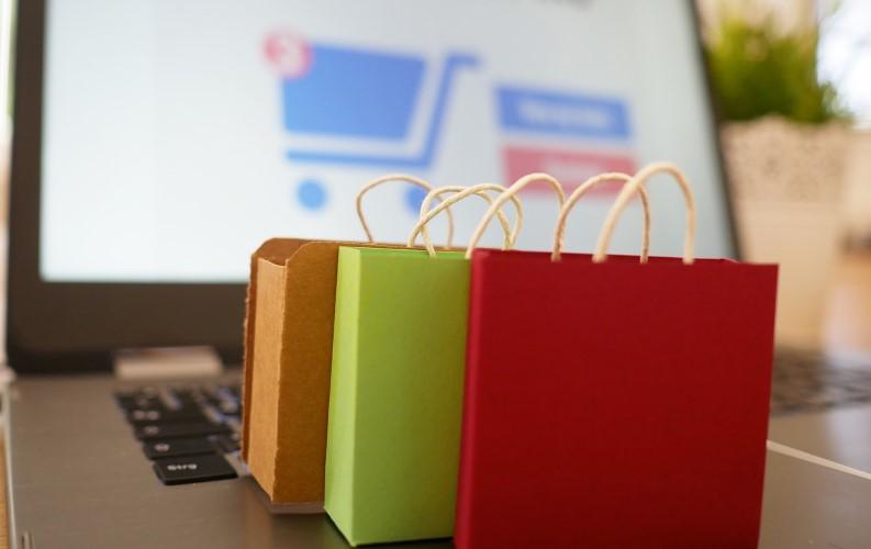 Google Shopping bientôt gratuit