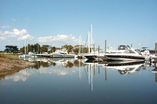 Beacon Point Marine - 300 Slip Marina
