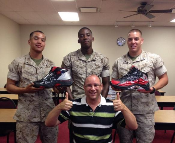 Jeff Klubeck with Military Students