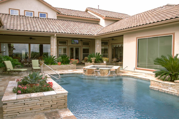 boerne residence home automation backyard