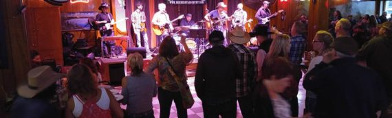 Lee's Liquor Lounge, Honkytonk Outfitted With FBT