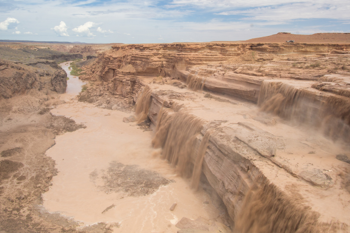Overview of Grand Falls or Chocolate Falls in Arizona