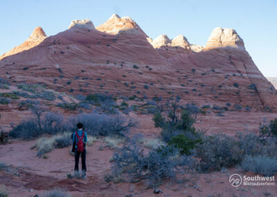 Hiking-Up-to-The-Wave-in-Coyote-Buttes-Area-in-Utah