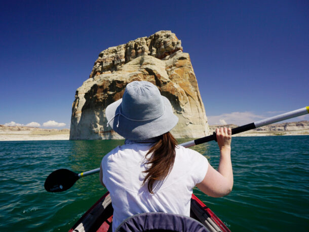 Lone-Rock-Beach-Kayaking-Utah