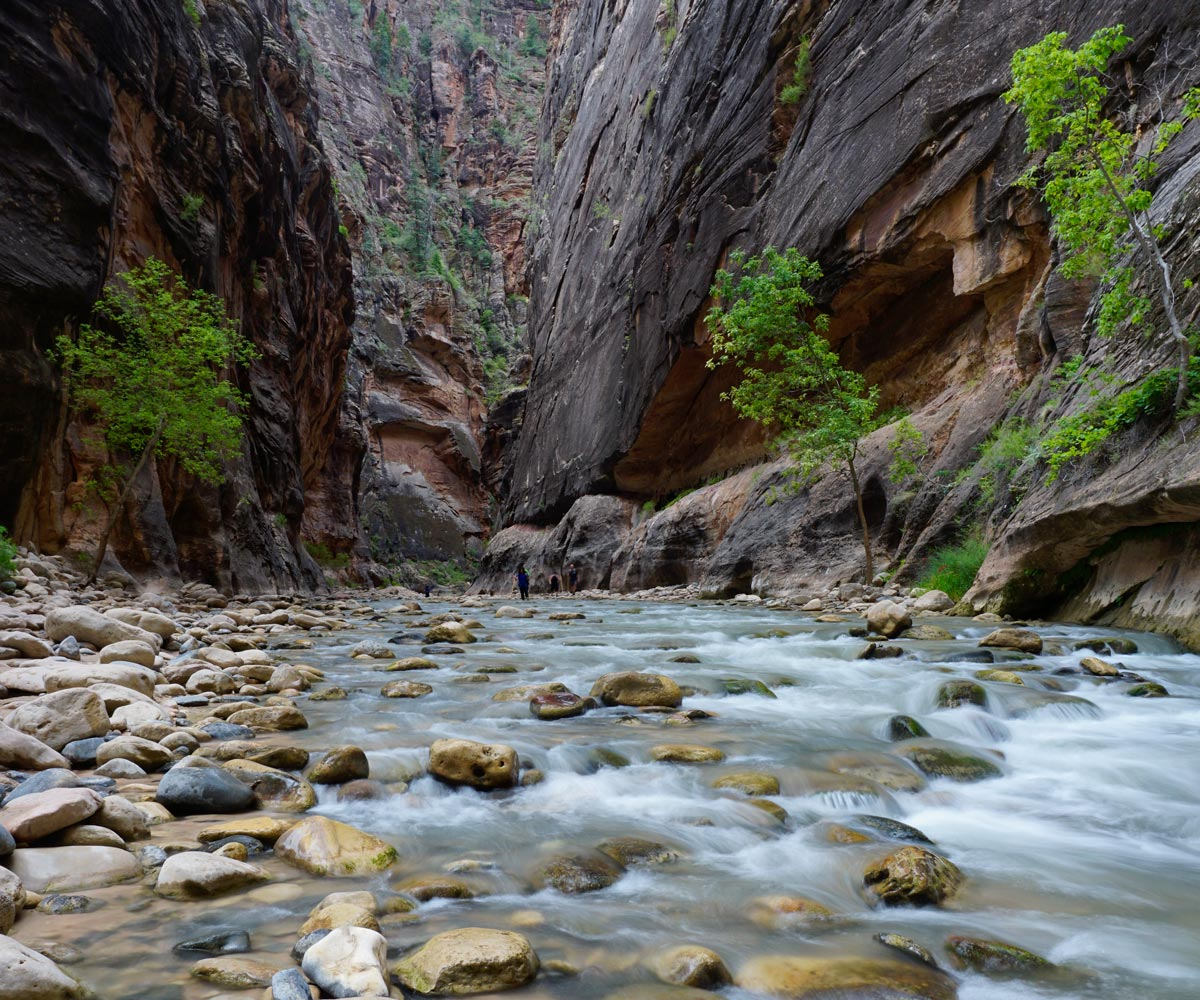 Zion-Narrows-Slot-Canyon-Hike-Utah