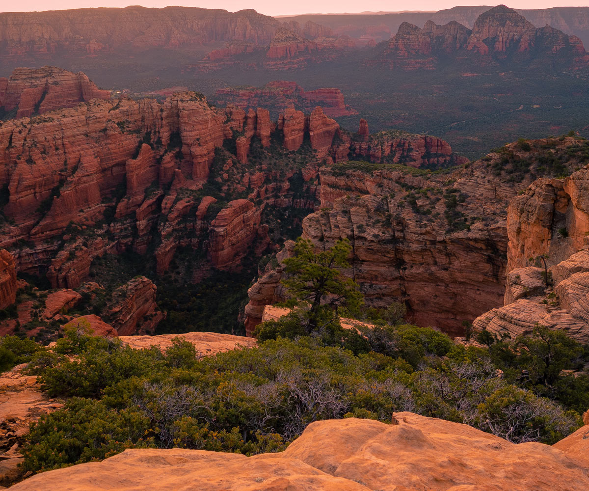 Bear-Mountain-Summit-Sedona-Hike-Trail
