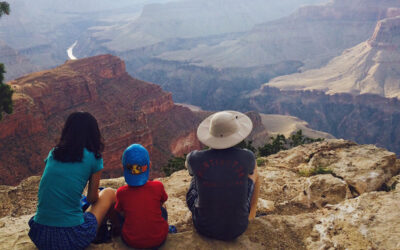 Hiking-Rim-Trail-Grand-Canyon-with-Kids