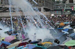 15 maddede Hong Kong'daki protestoları anlamak