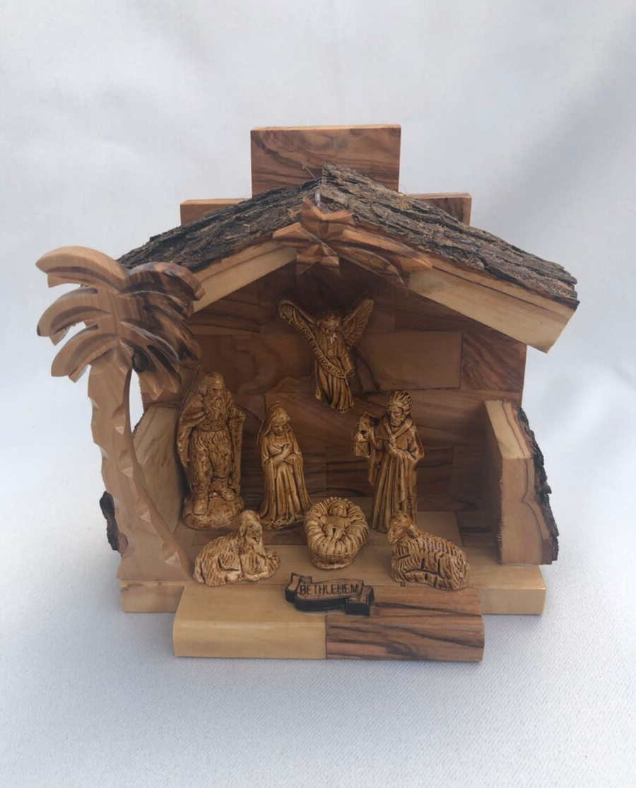Nativity Scene with Bark Top
