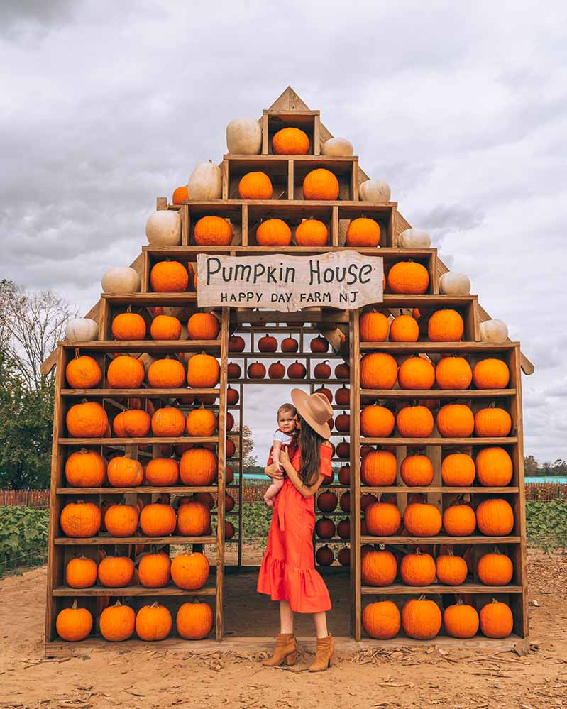 Khemric in front of Pumpkin House