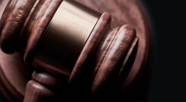 lawmakers vote to limit confidential settlements