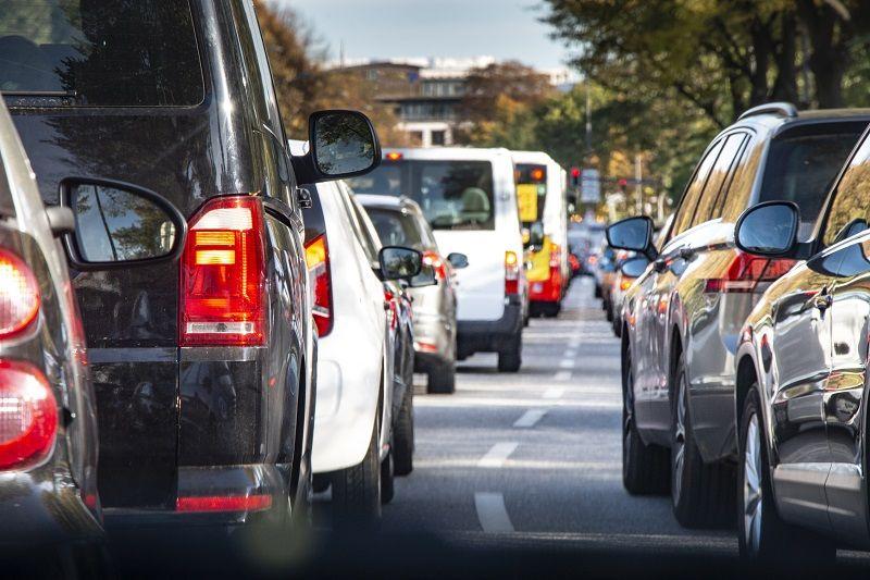 Traffic-jam-in-the-city-cm