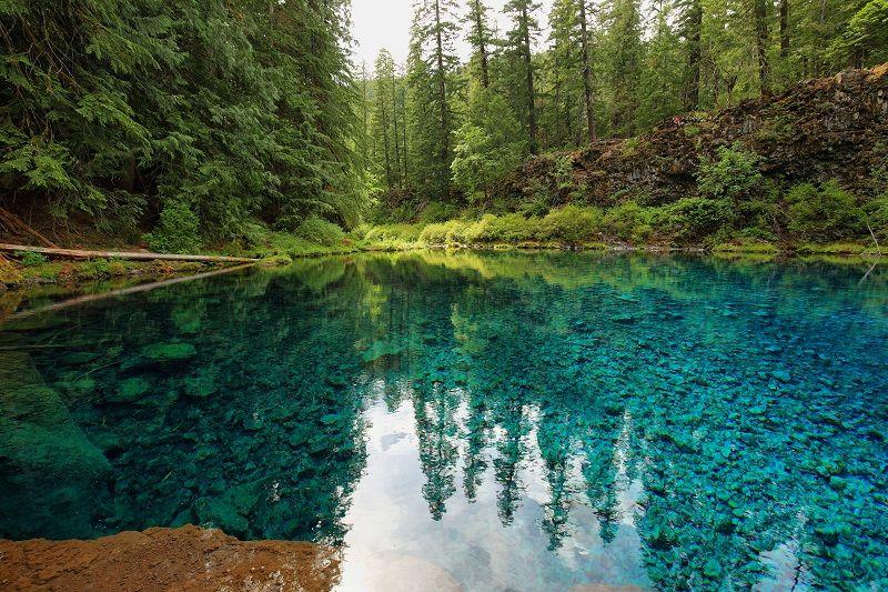 Clear-Blue-Tamolitch-pool--cm