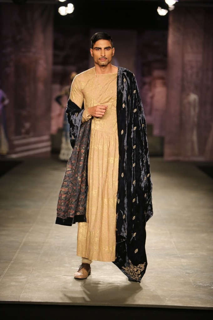 Anju Modi India Couture Week indian mens fashion