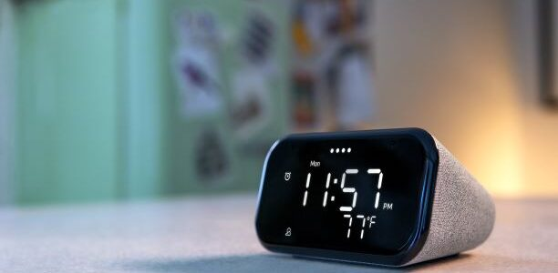 Lenovo Smart Clock Essential sitting on table