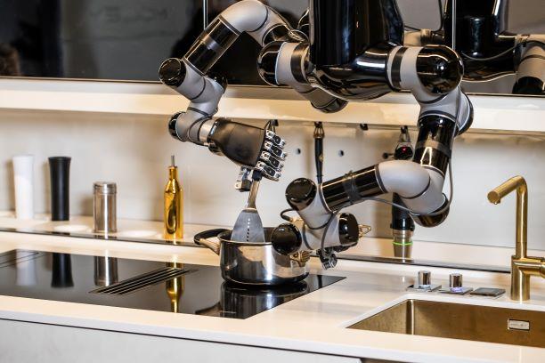 Moley Robotics Kitchen. Moley cooking food.