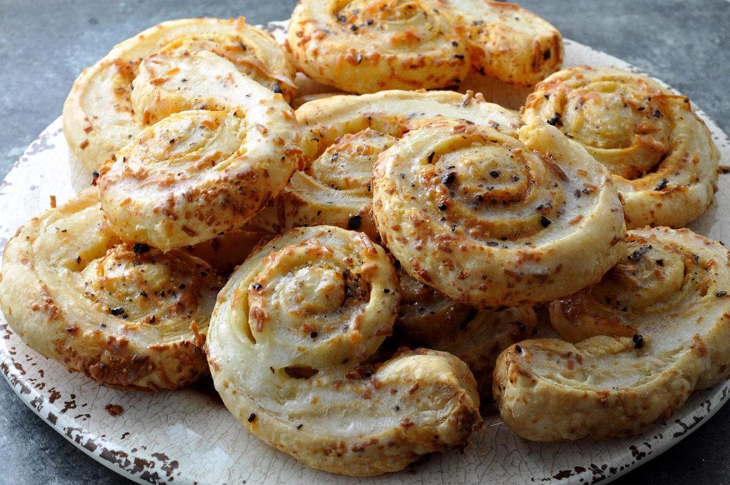 Oaxaca Chile-Parmesan Puffed Swirls