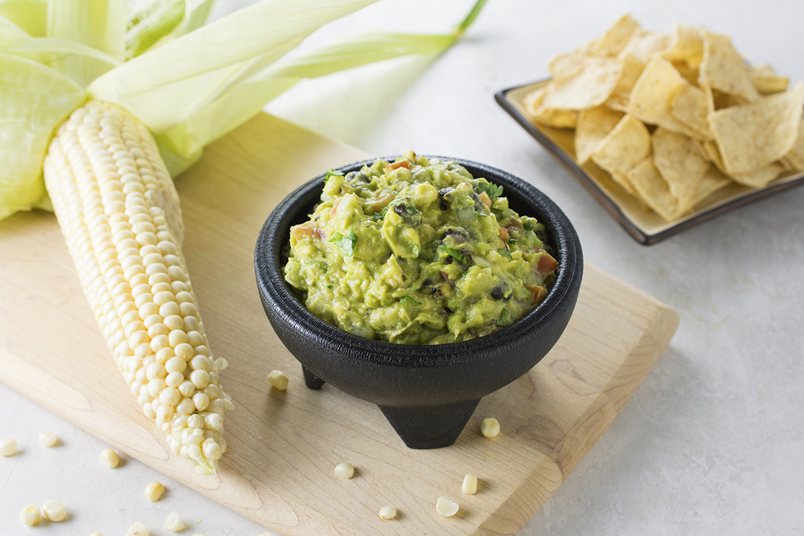 Grilled Corn and Black Bean Guacamole l black bean and grilled corn guacamole dip