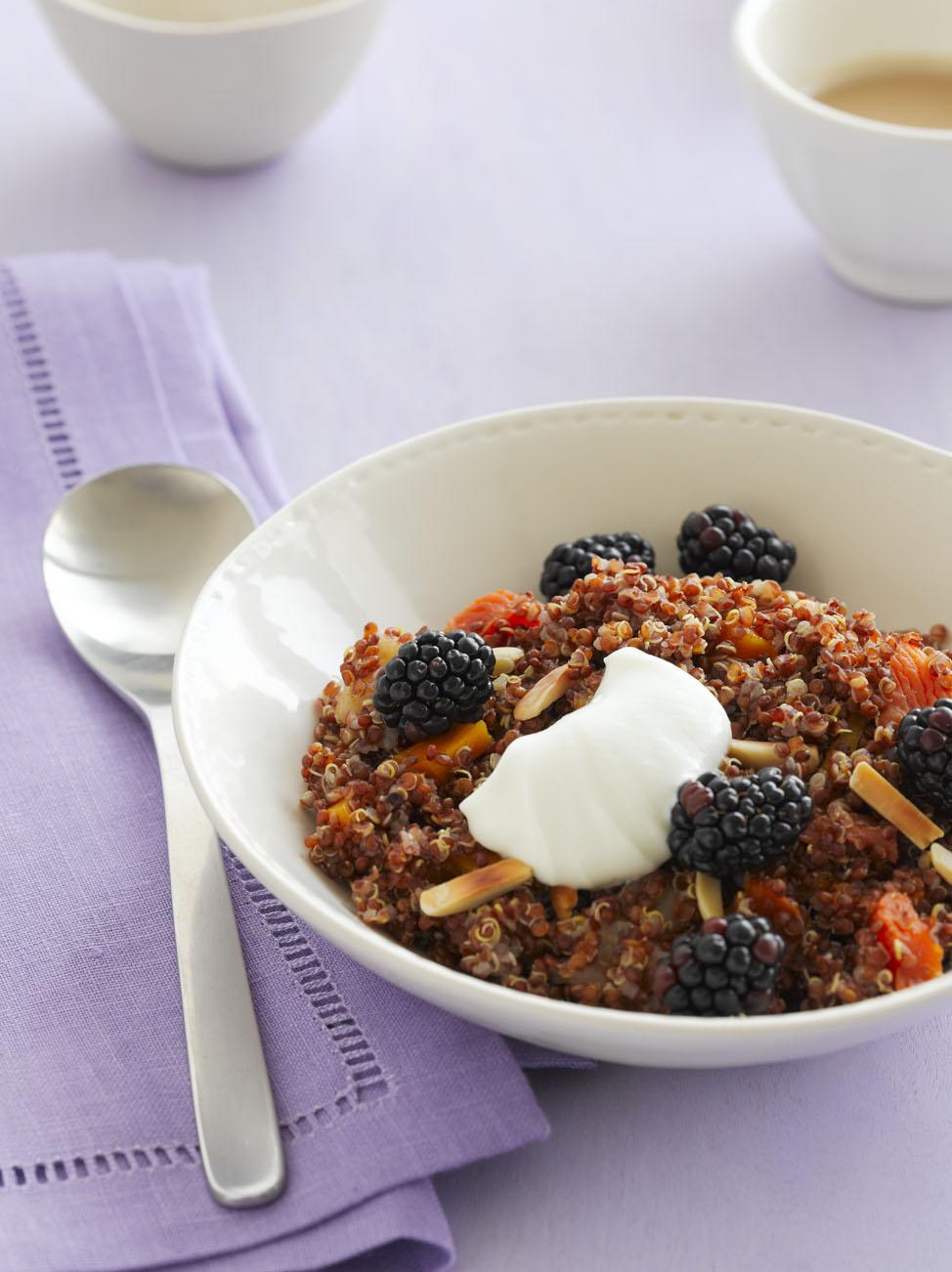 黑莓藜麦早餐