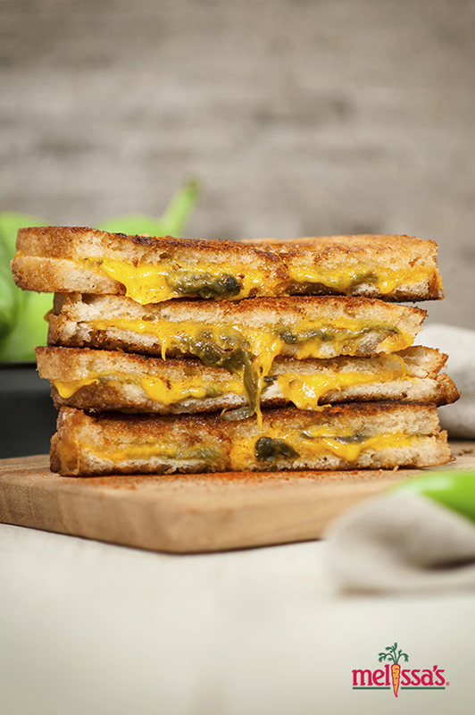 Know Your Chile Peppers: The Ultimate Guide l hatch chile grilled cheese sandwich