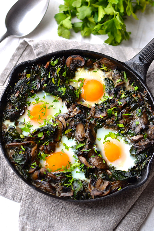 The Best of Whole30 Recipe Roundup l kale spinach and mushroom baked eggs