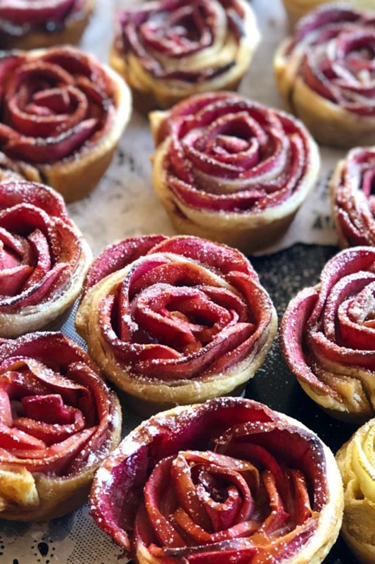 20+ Amazing Apple Recipes for the Fall l hidden rose apples