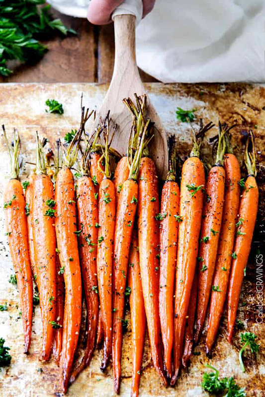 Healthy Thanksgiving Sides Recipe Roundup l roasted carrots with honey and garlic