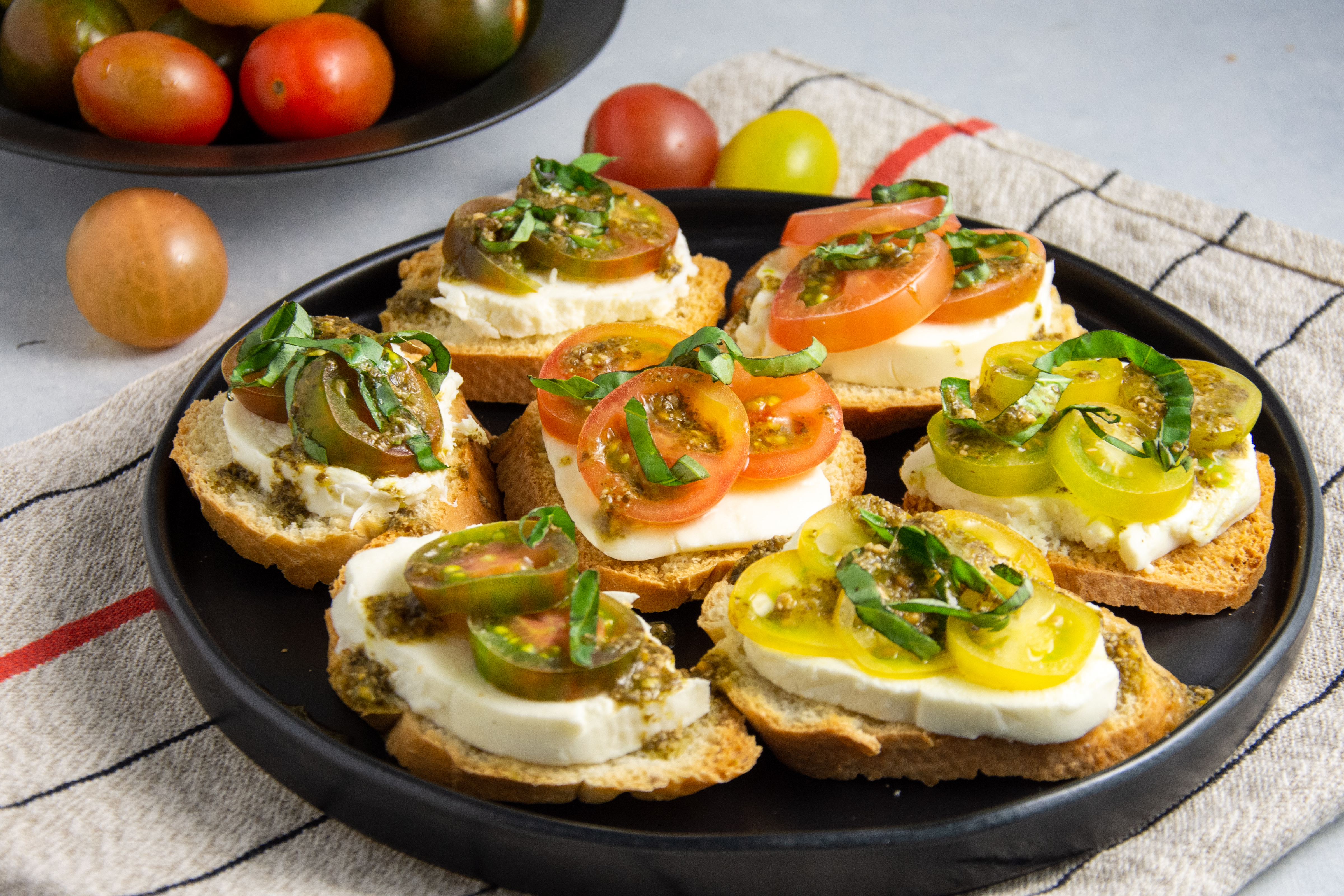How to Make the Perfect Fourth of July Bruschetta