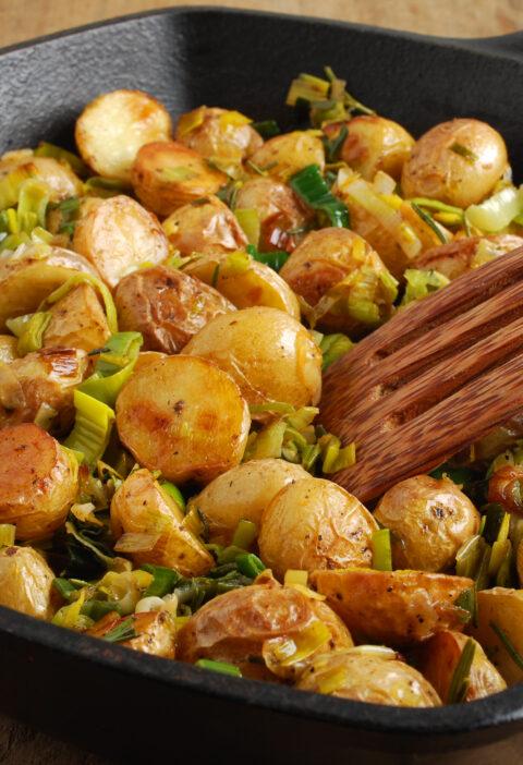 烤荷兰黄土豆焦糖韭菜