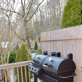 My Roundette grill - The Cove at Fairview - Vacation Rentals - Asheville, NC